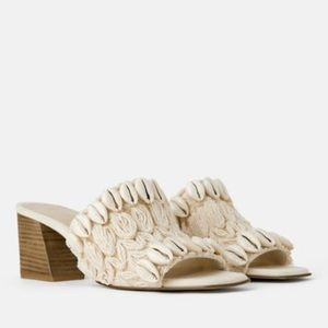 NATURAL COLORED HEELED MULES WITH SHELLS